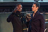 Ladi Emeruwa (L) Matthew Roman (P), Globe on Tour's Hamlet 2014, foto: Bronwen Sharp
