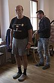Pavel Nový a krejčí Aleš Frýba, Mnoho povyku pronic 2014, zdroj: © AGENTURA SCHOK, foto: Viktor Kronbauer