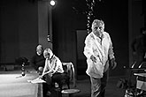 Zleva Miloš Vávra, Kateřina Kotýnková a Jiří Menzel, Mnoho povyku pro nic 2014, zdroj: © AGENTURA SCHOK, foto: Viktor Kronbauer