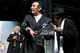 Kupec benátský, Bolek Polívka (Shylock) a Jan Přeučil (Tubal), foto: Viktor Kronbauer, tel.: 603 473 507, zdroj: © AGENTURA SCHOK