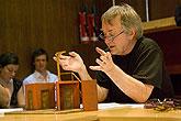 Ivan Rajmont (režie), Komedie omylů, foto: Viktor Kronbauer, zdroj: © AGENTURA SCHOK