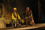 Tomáš Pavelka (Stefano), Ondřej Pavelka (Trinkulo), Jan Tříska (Kaliban), foto: Viktor Kronbauer, zdroj: © AGENTURA SCHOK