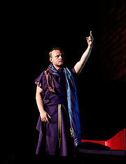 Ľuboš Kostelný (Caesar), Antonius a Kleopatra, zdroj: © Agentúra JAY