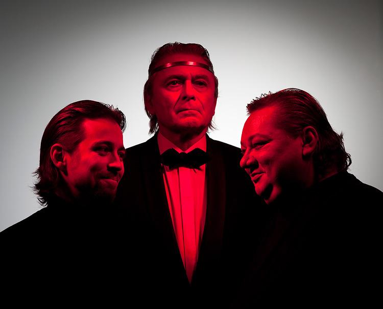 Jan Dolanský (princ Jindra), Ladislav Mrkvička (král Jindřich IV.), Norbert Lichý (Falstaff), foto: Pavel Mára, zdroj: © AGENTURA SCHOK