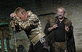 Othello, Michal Dlouhý (Othello), Oldřich Navrátil (Jago), foto: Viktor Kronbauer, tel.: 603 473 507, zdroj: © AGENTURA SCHOK