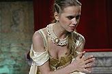 Othello, Zuzana Vejvodová (Desdemona), foto: Viktor Kronbauer, tel.: 603 473 507, zdroj: © AGENTURA SCHOK