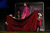 Zbigniew Kalina (Nathan), Michal Kavalčík (Kotrba), Marná lásky snaha, zdroj: © PaS de Theatre, foto: Radovan Šťastný