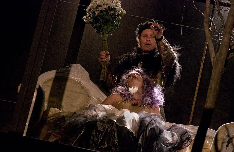 Eva Vrbková (Titanie) a David Prachař (Oberon), Sen noci svatojánské 2013