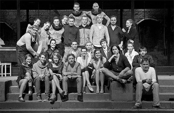 Sen noci svatojánské 2013 – herci, tanečníci, výtvarníci a režiséři, zdroj: © AGENTURA SCHOK, foto: Viktor Kronbauer